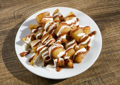 "Fried chips with hot sauce ""Patatas Bravas"""